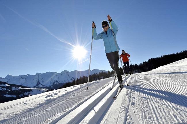 Esquí de fondo, deporte de invierno saludable